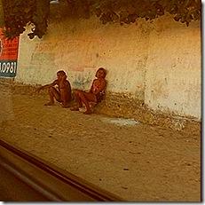 travestis-tambem-se-prostituem-nos-arredores-do-castelao-1355531401600_300x300