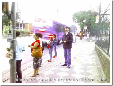 Panfletagem na faculdade Uniban Anhanguera com Castilho e márcia Tavares (2)