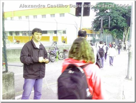 Panfletagem na faculdade Uniban Anhanguera com Castilho e márcia Tavares (7)